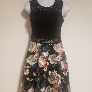 Size XS Ardene Floral Summer Dress